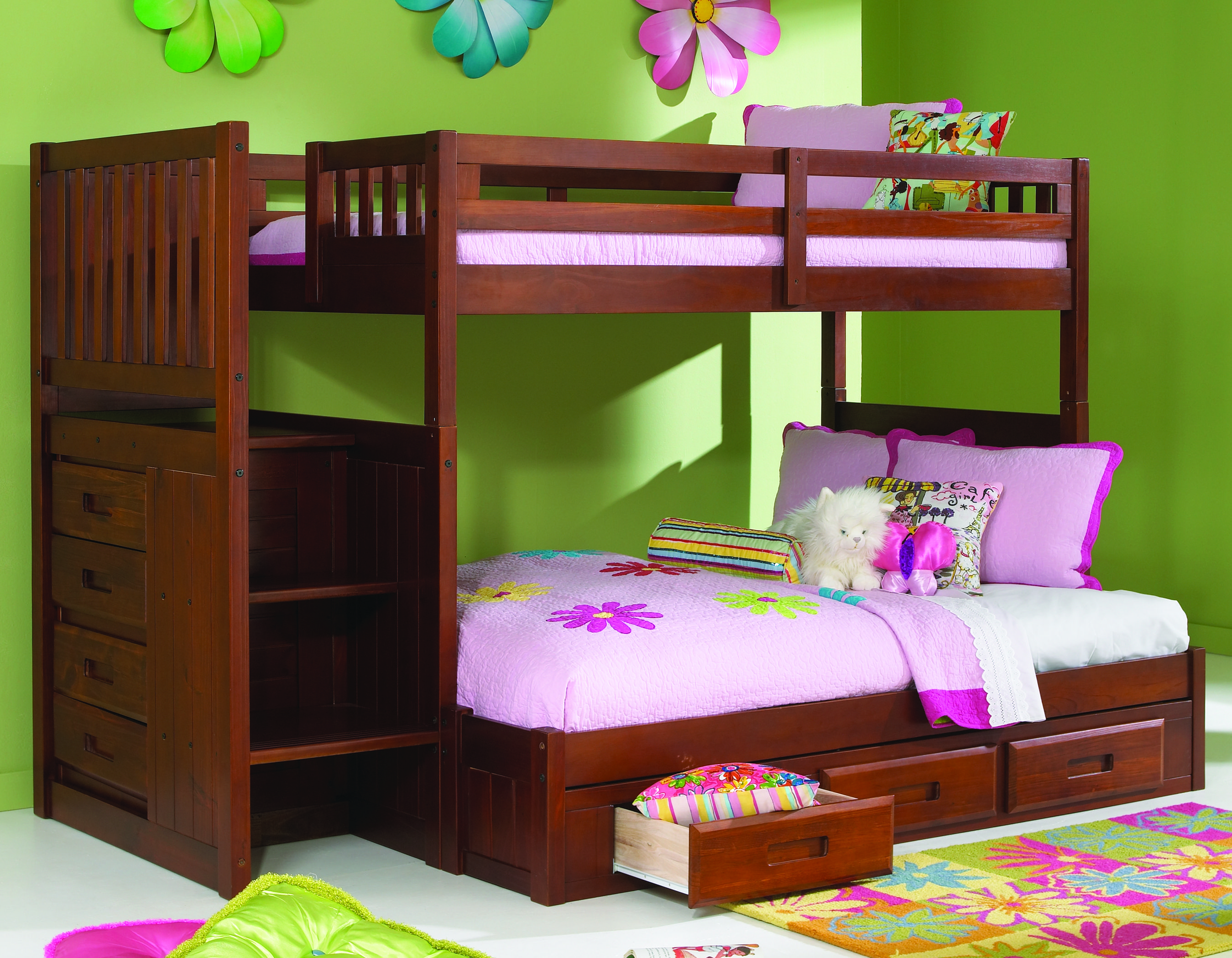 Quite Style Bunk Bed Design Idea For Teenage Girl with