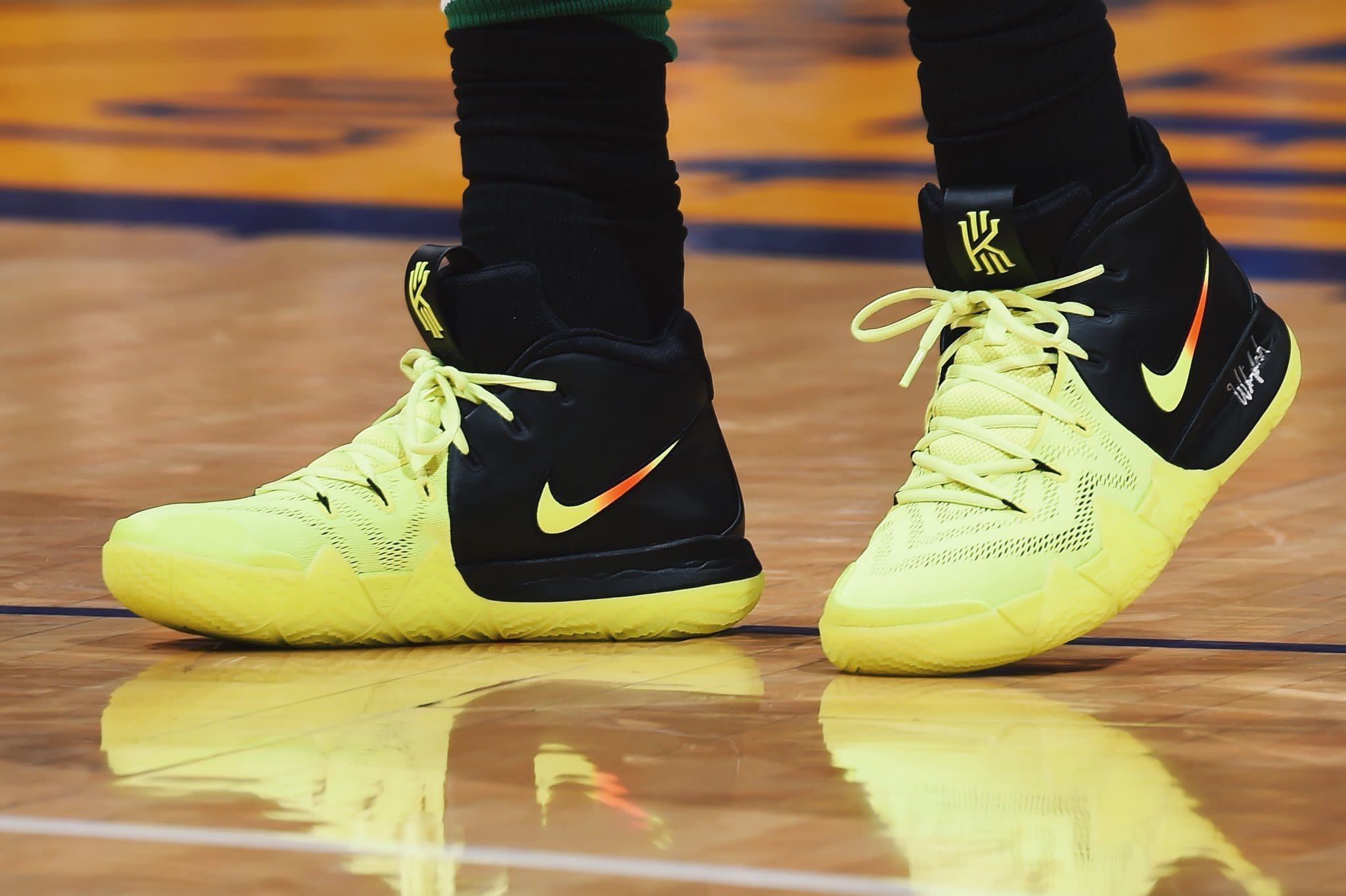 74fd1df95c1d Kyrie4 vs the Lakers.  KyrieIrving 🔥