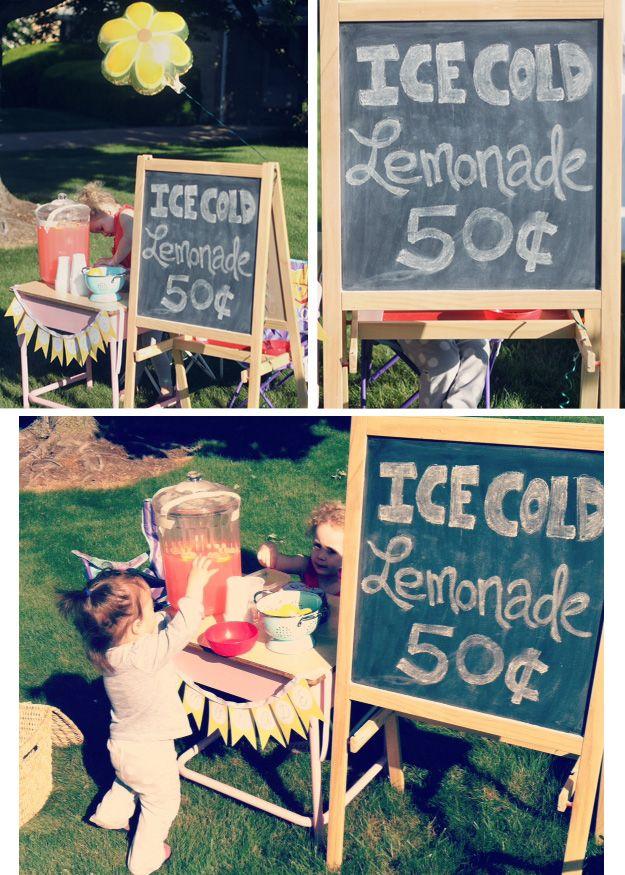 The Busy Budgeting Mama: Sophie's Lemonade Stand + Free Lemonade Banner Printable