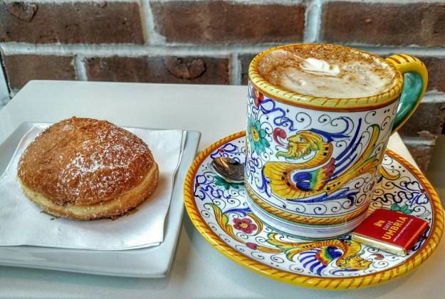 24 Coolest Chicago Coffee Spots How Many Have You Tried Chicago Coffee Chicago Coffee Shops Chocolate Deserts