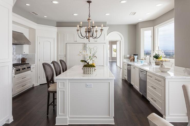 50 Favorites For Friday South Shore Decorating Blog In 2020 Kitchen Sink Remodel Kitchen Bay Window Kitchen Pantry Design