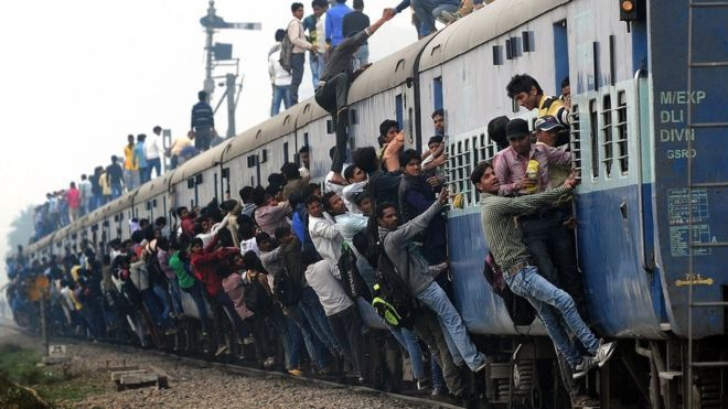 Today In History Train Tragedy In India Kills More Than 500 1981