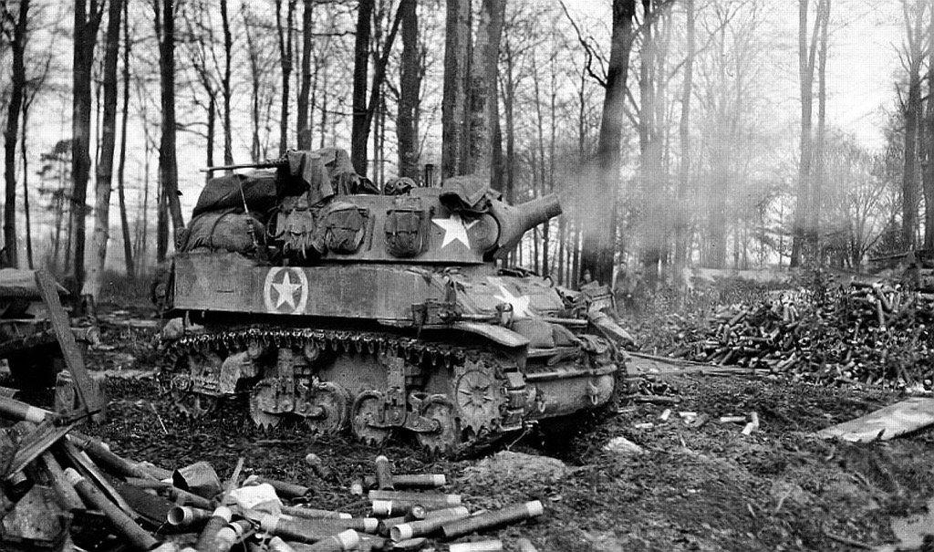 M8 HMC estadounidense en Karlsbrunn, Alemania, 1945.