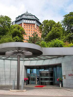 Mövenpick-hotellin sisäänkäynti Hampurissa