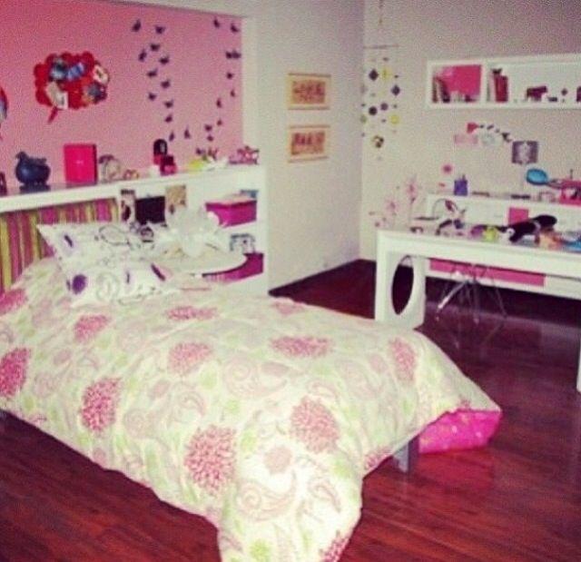 Картинка комнаты виолетты