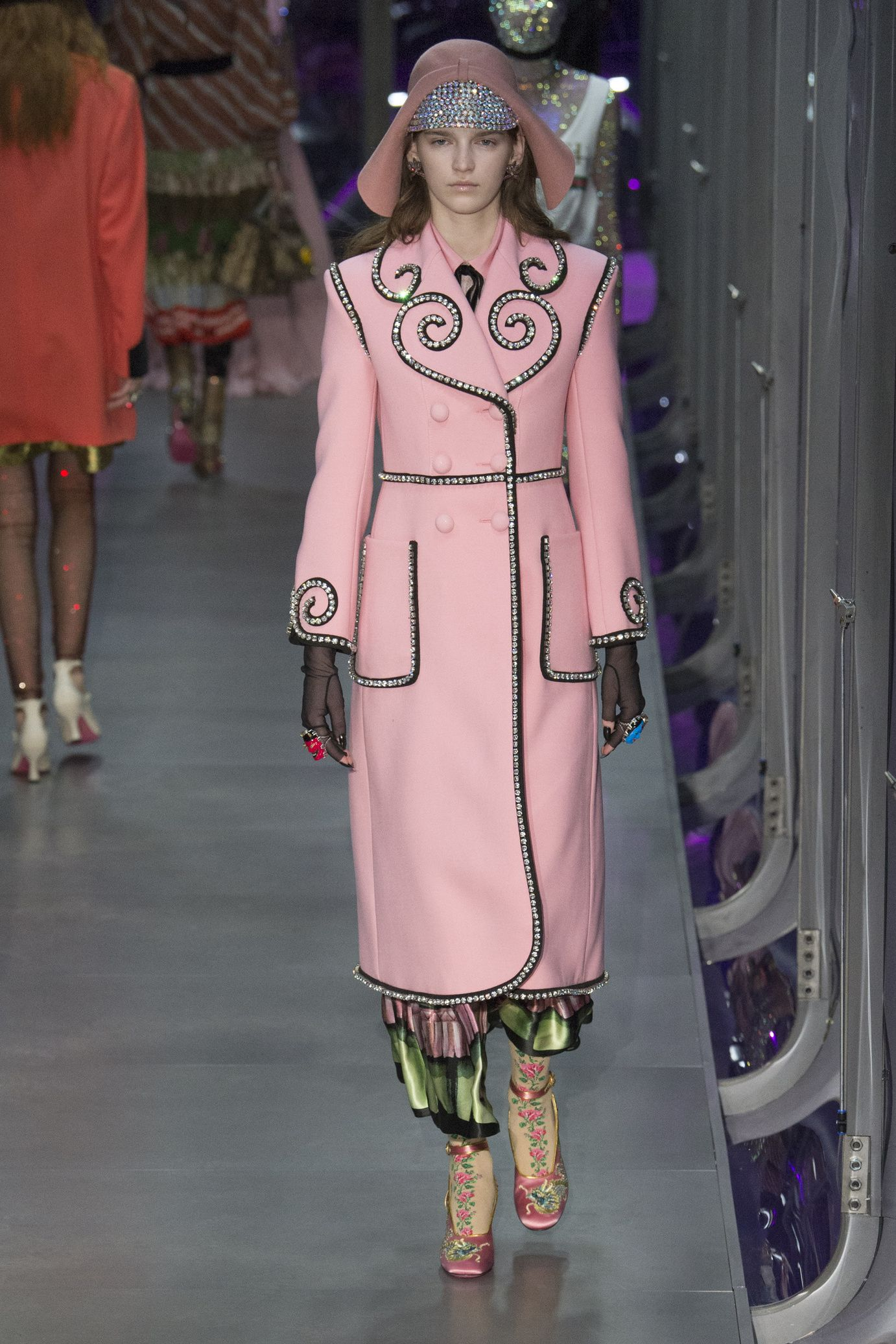 Collection autumn-winter of 2017-2018 by Gucci 60