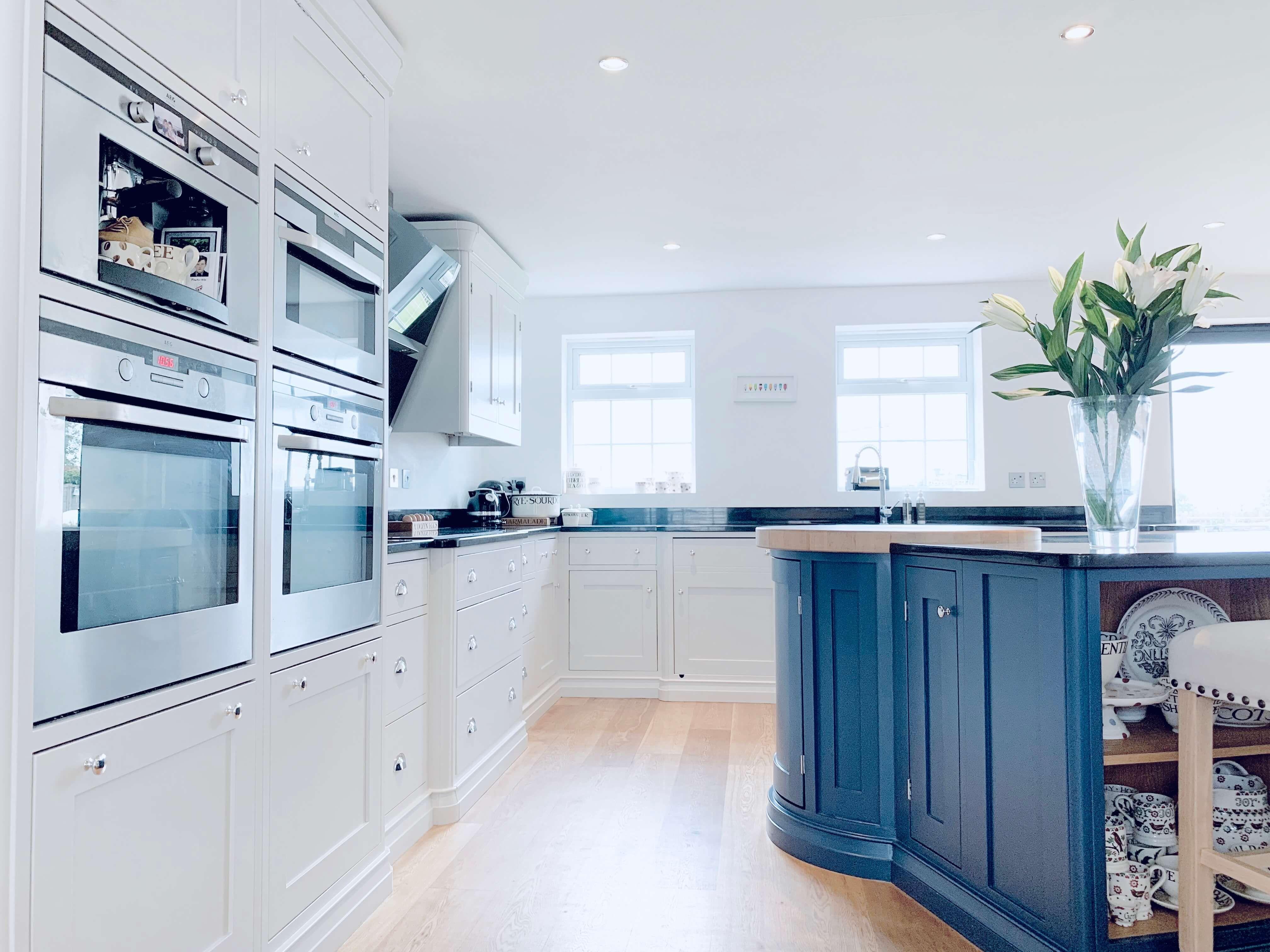 Best Kitchen Cabinets Painted In Farrow Ball Stiffkey Blue 400 x 300