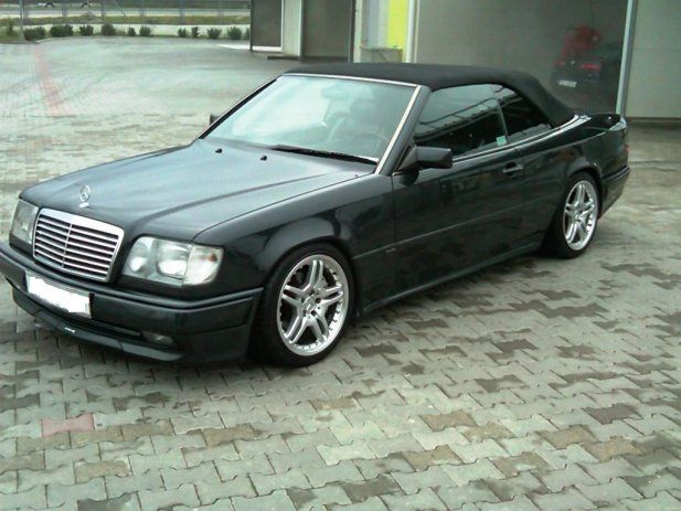 mercedes w124 cabrio cars i 39 ve had or wanted pinterest. Black Bedroom Furniture Sets. Home Design Ideas