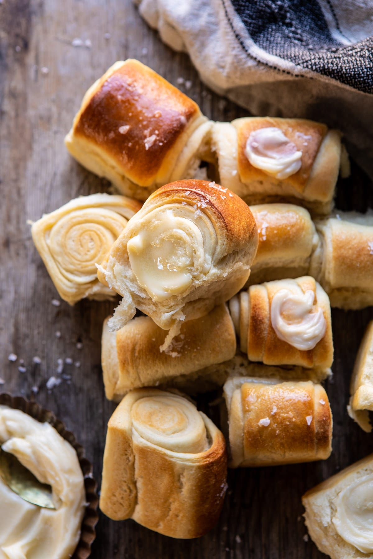 Salted Honey Butter Parker House Rolls #foodsides