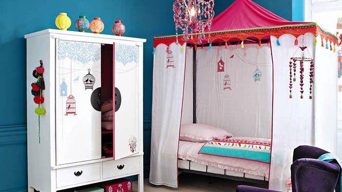 Une chambre romantique pour les jeunes filles | Baldaquin, Chambre ...
