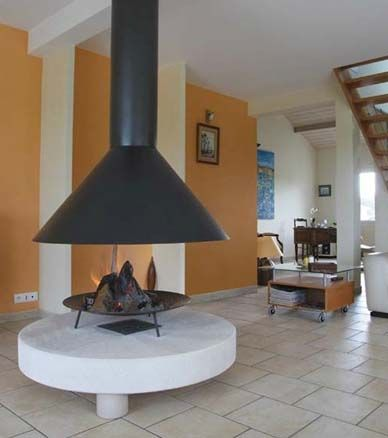 Round Indoor Fireplace | Solaris see-through gas fireplace by Heat ...