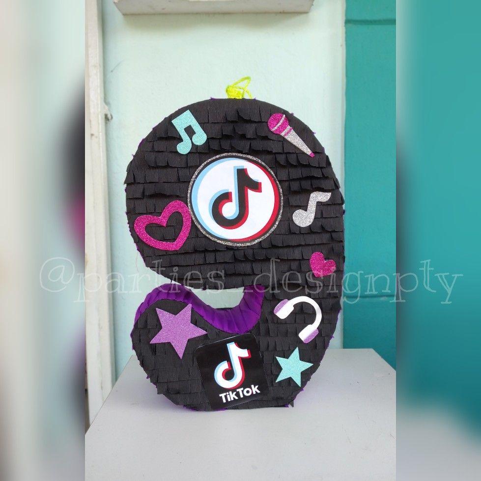 Piñata tik tok, hecha a mano en Panamá, tik tok pi… en