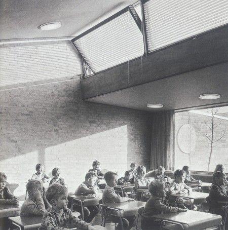 Arne jacobsen 39 s munkegaard school architecture for Innenarchitektur 1960