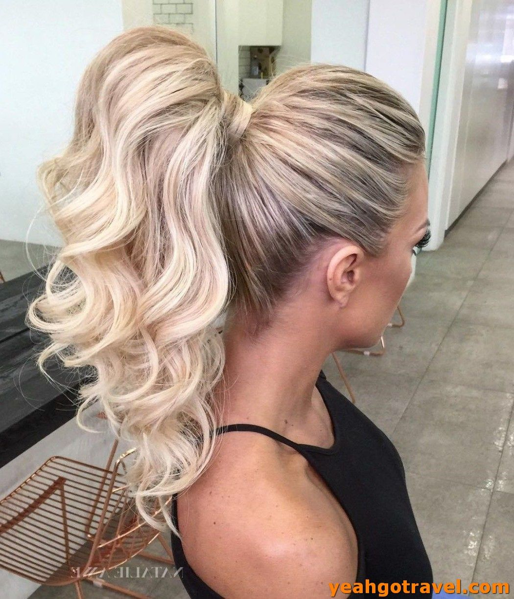 36 Most Popular Curly Blonde Hairstyles - Yeahgotravel.com