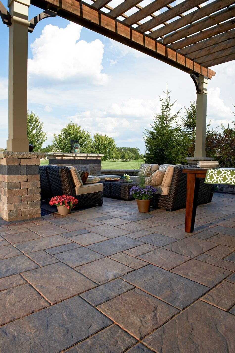 Awesome Beacon Hill Flagstone™ Patio We Pride Ourselves On Making Sure Your Paver  Installation Is Properly