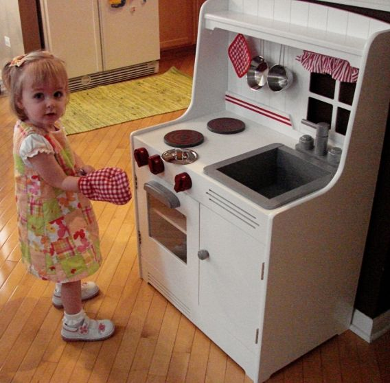Play kitchen ideas | Peanut Blossom