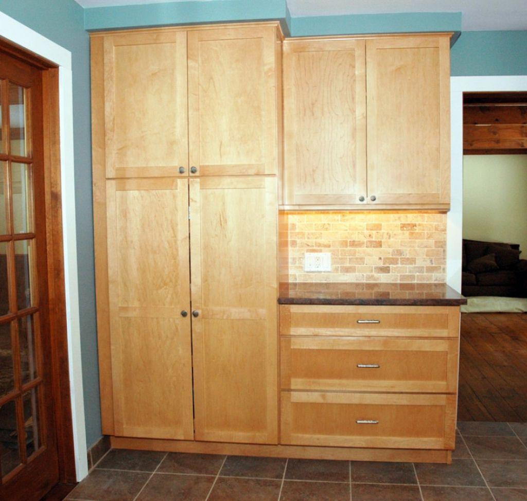 76 Grosse Deutliche Kirsche Holz Kuche Pantry Schrank Inspiration Weiss Appliances Und Weiss Pantry Cabinet Tall Kitchen Pantry Cabinet Kitchen Pantry Cabinets
