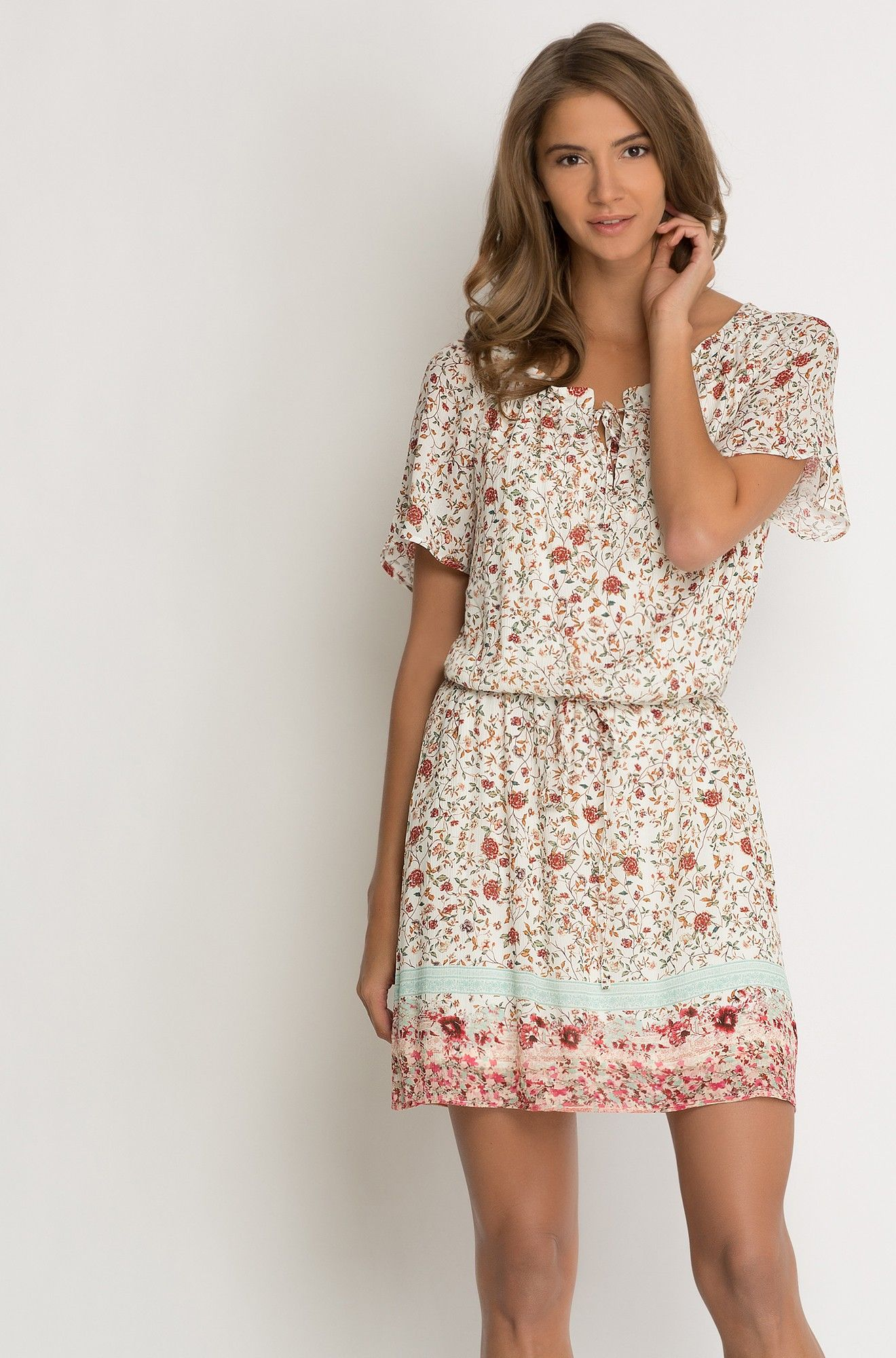 Virágmintás miniruha  Summer dresses, Fashion, Dresses