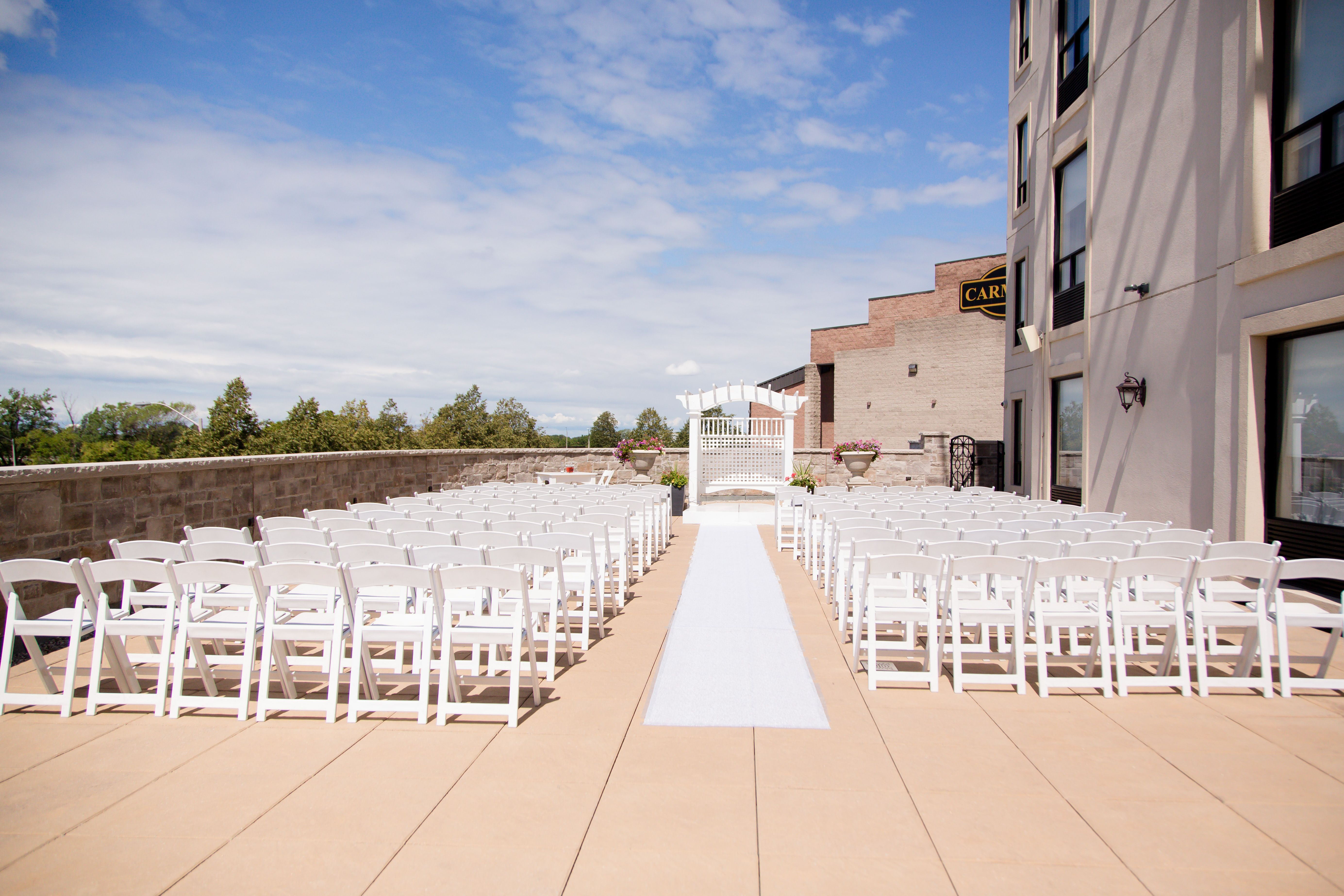 Have A Wonderful Outdoorwedding On Our C Hotel Rooftop In Hamilton Ontario Photography Credit Erin Woodg Ontario Photography Wedding Venues Ontario Hotel