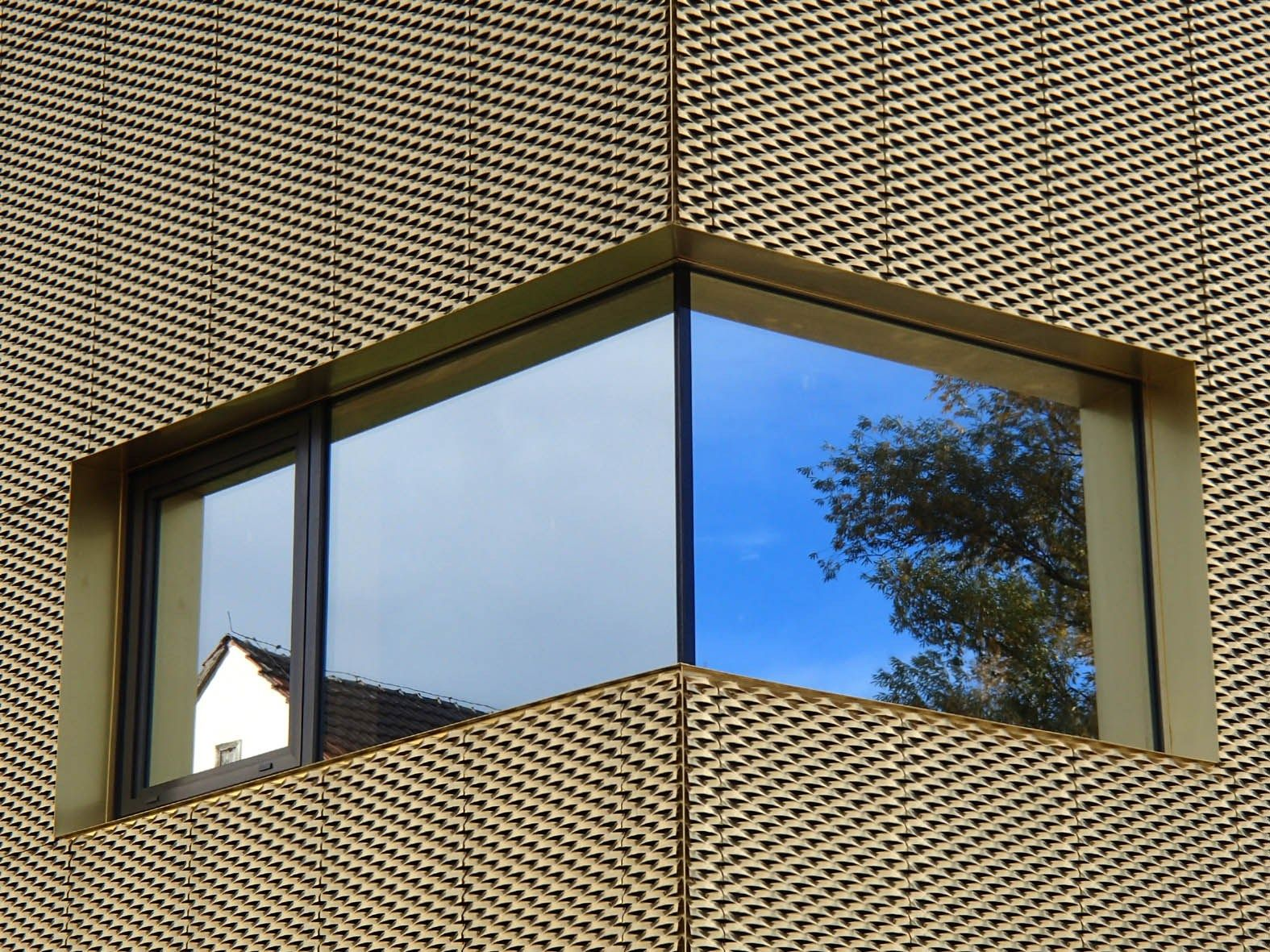 streckmetall f r fassadenverkleidung tecu design mesh by. Black Bedroom Furniture Sets. Home Design Ideas