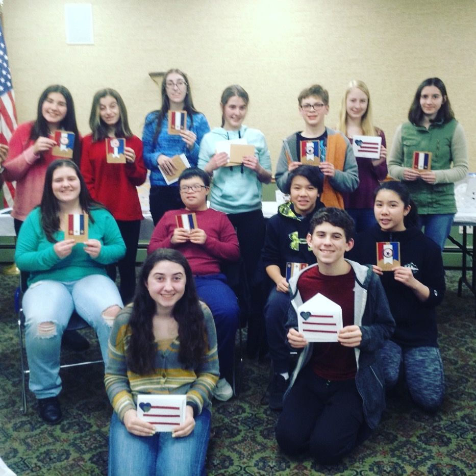 Teen volunteers made valentines for our veterans! ❤️🇺🇸❤️