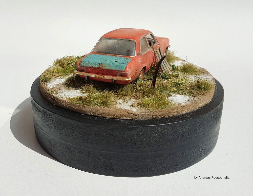 1/43 scale