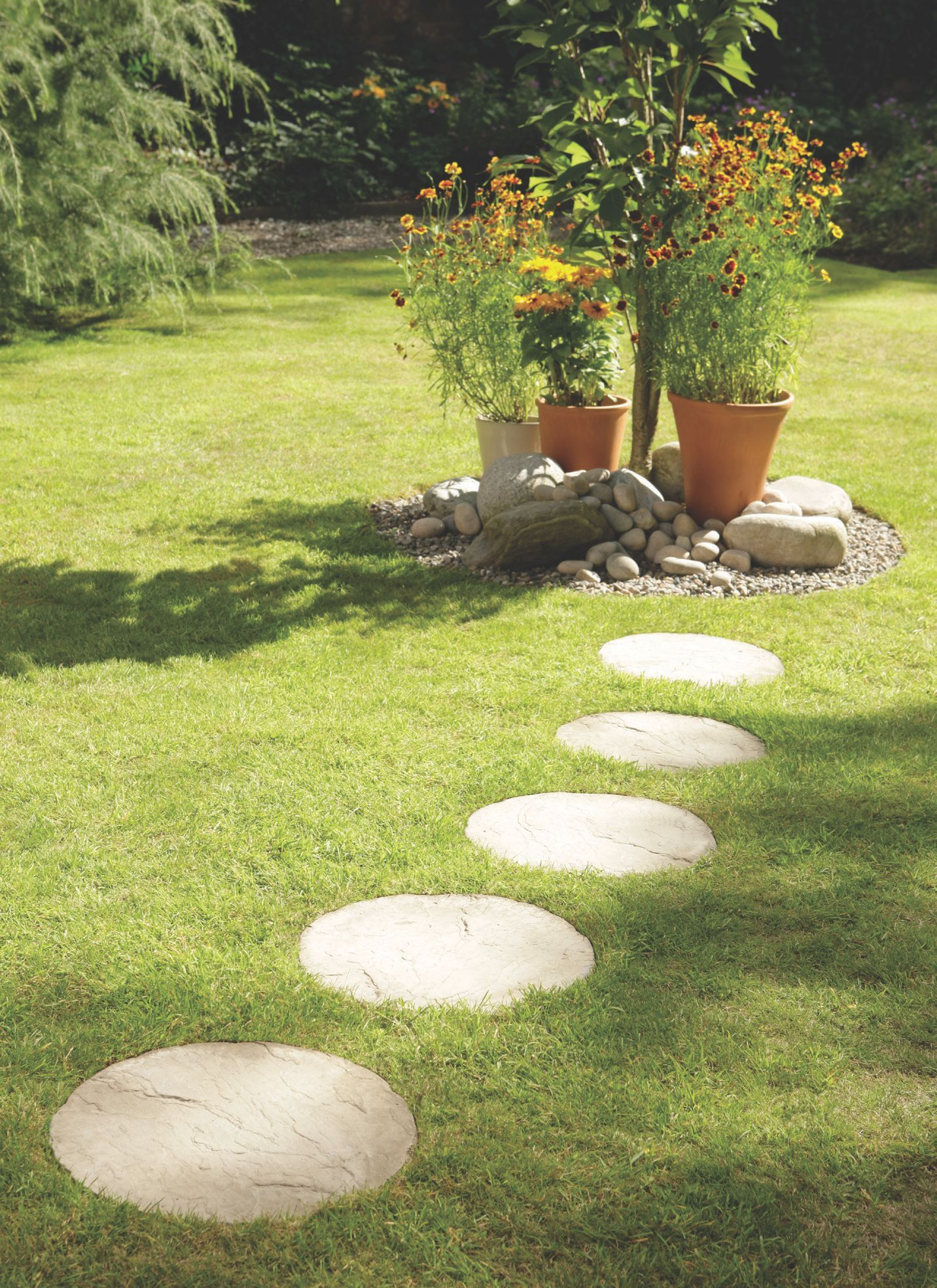 Cream Blend Round Stepping Stone B Q For All Your Home And