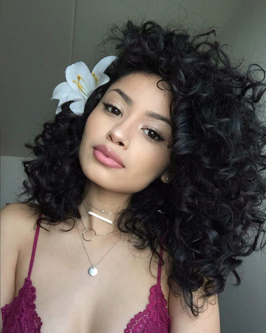 Pinterest nandeezy u prettiful makeups pinterest curly