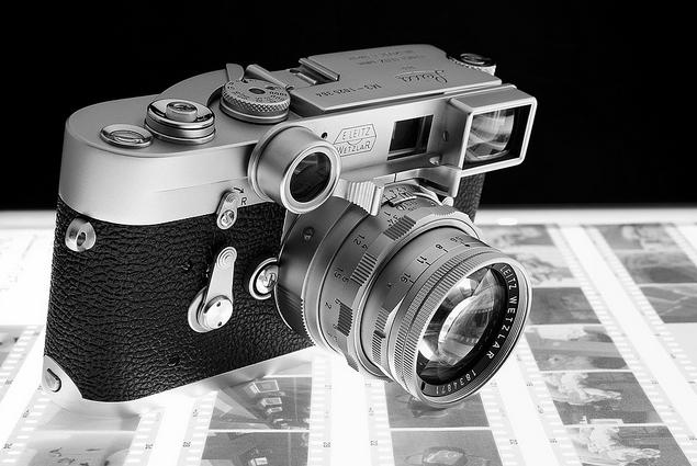Leica M3 with Dual Range Summicron