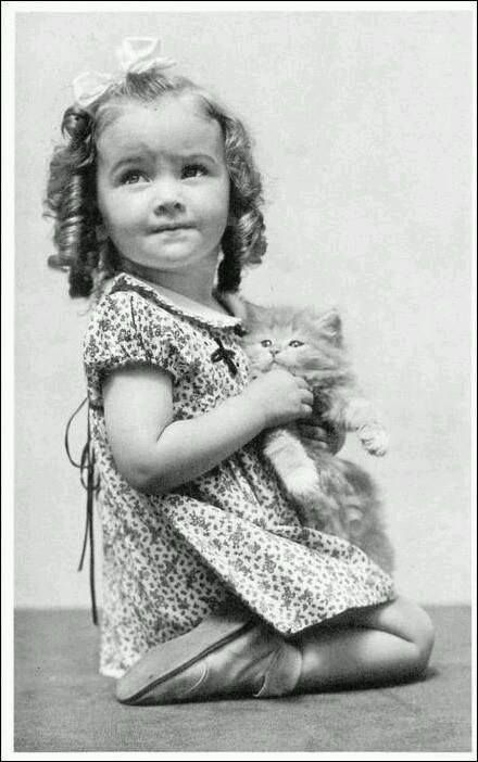 vintage photo girl and cat