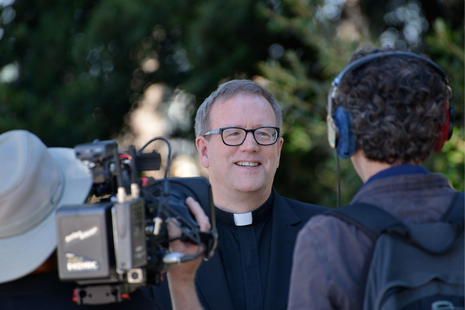 Via @roccopalmo | Bishop Barron Goes to Hollywood – Pope Names Mundelein Mogul One of 3 LA Auxiliaries