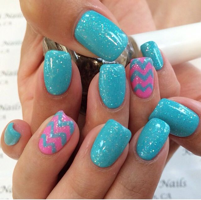 Bubble Gum Nail Art: Girly Bubble Gum Pink Accent W/ Blue Turquoise Zig Zag And