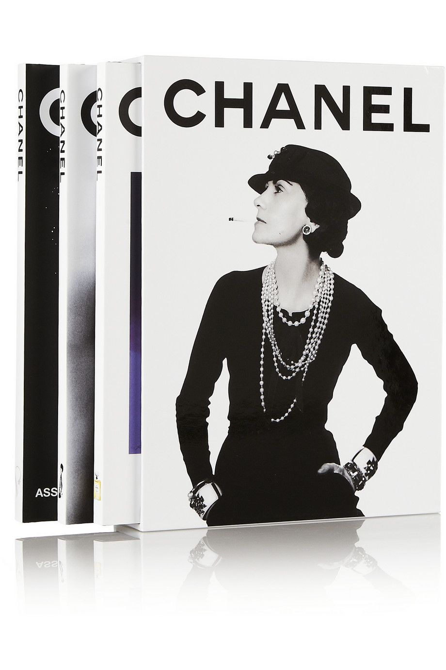 The Fashion Book Hardcover : Detailing the revolutionary work of chanel this set