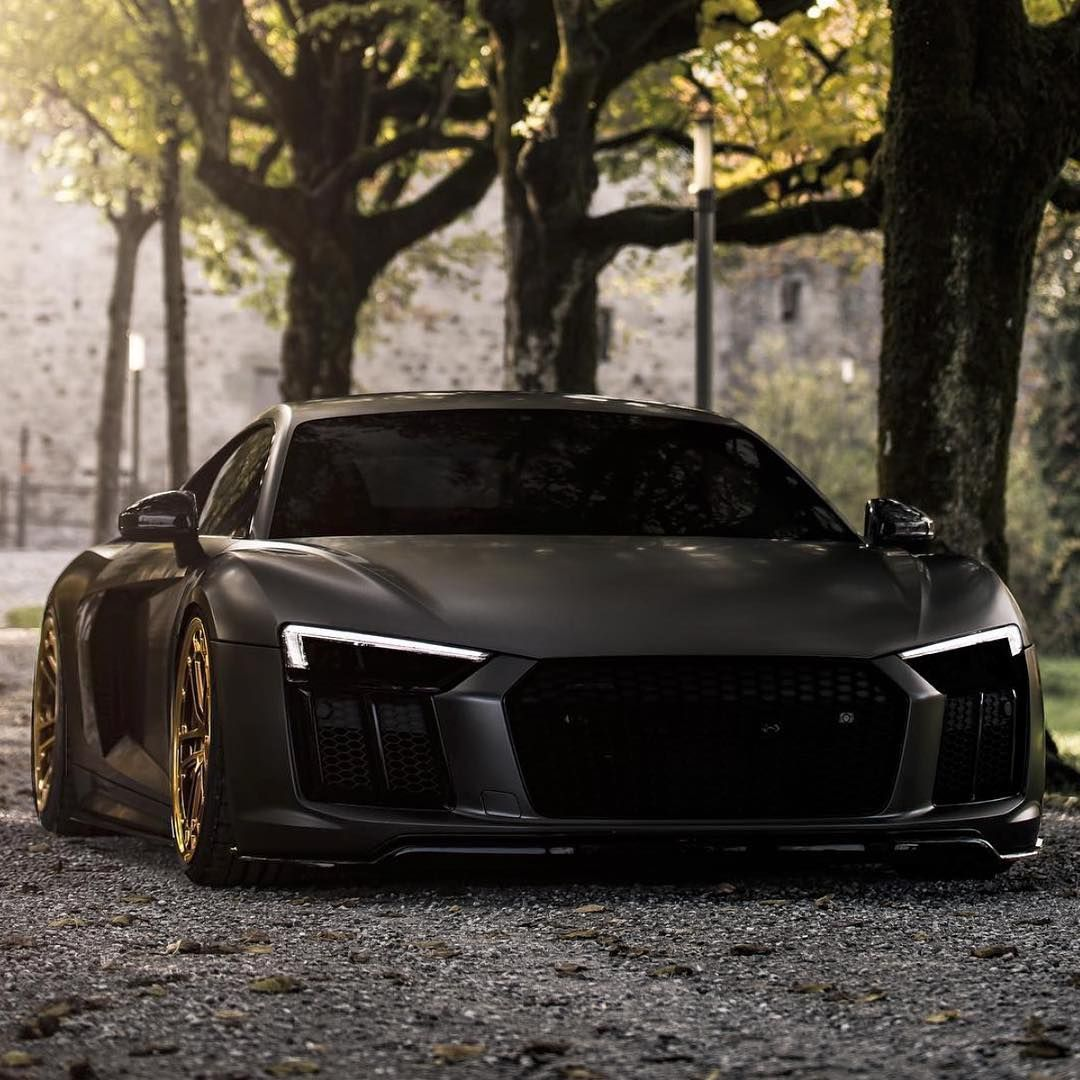 "The World's Hottest Exotics! on Instagram: ""Black and Gold Audi R8. Yes or No? Photo @yh_pixelation"" #audir8"