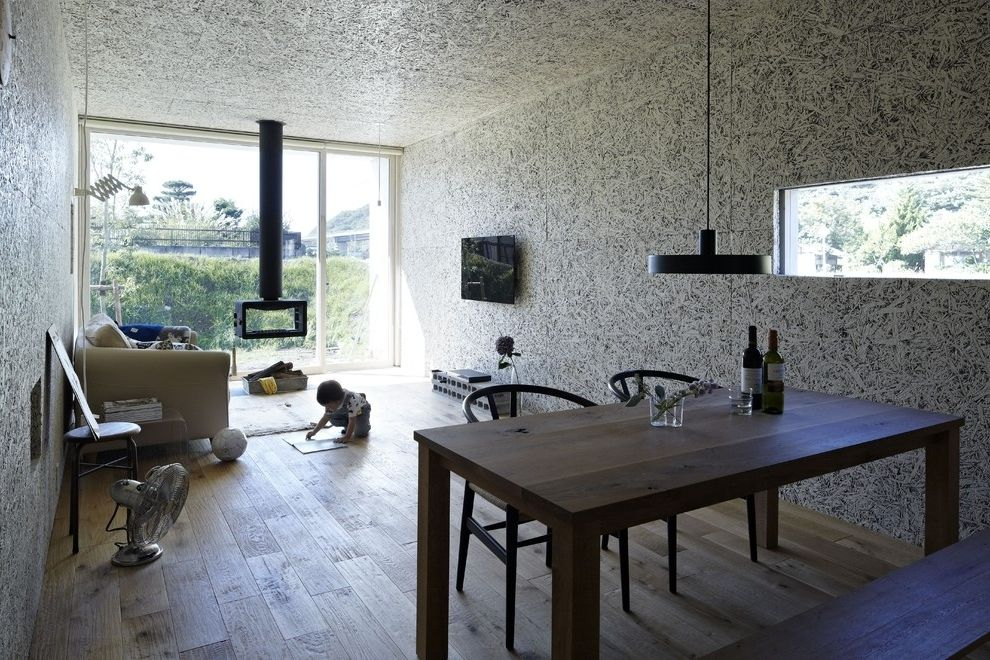 Japanese minimalist small house 8 house architecture for Minimalist narrow house