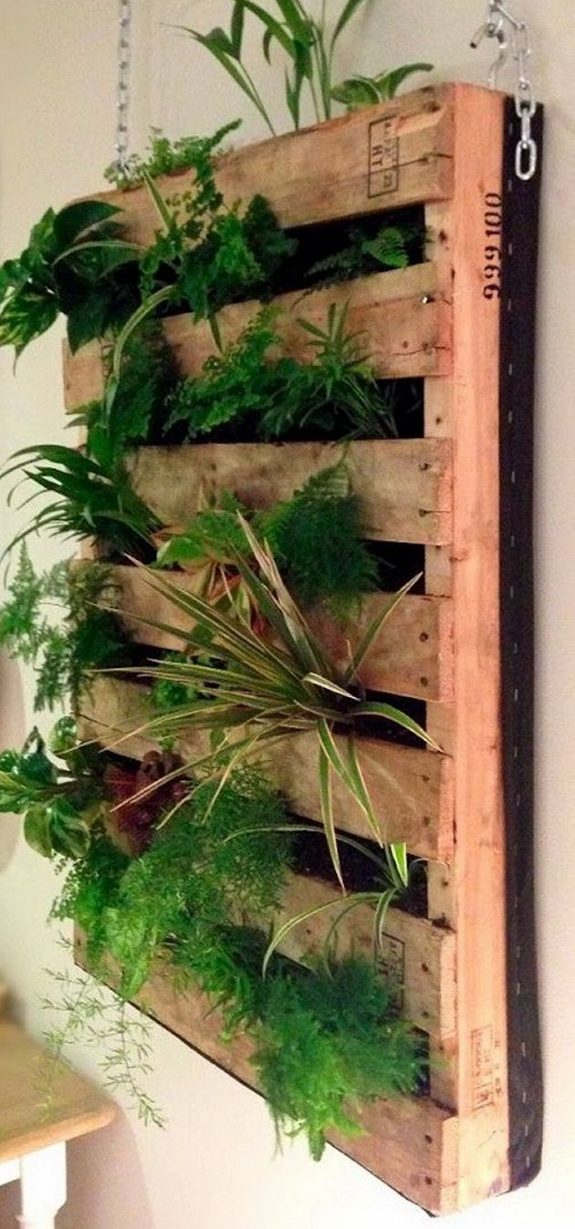 You can make a spectacular pallet planter by clipping remodeling ...