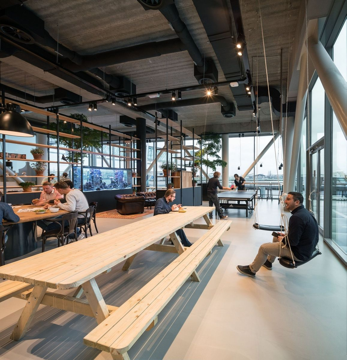 Engineering Office Design: Office Tour: Funda Offices – Amsterdam