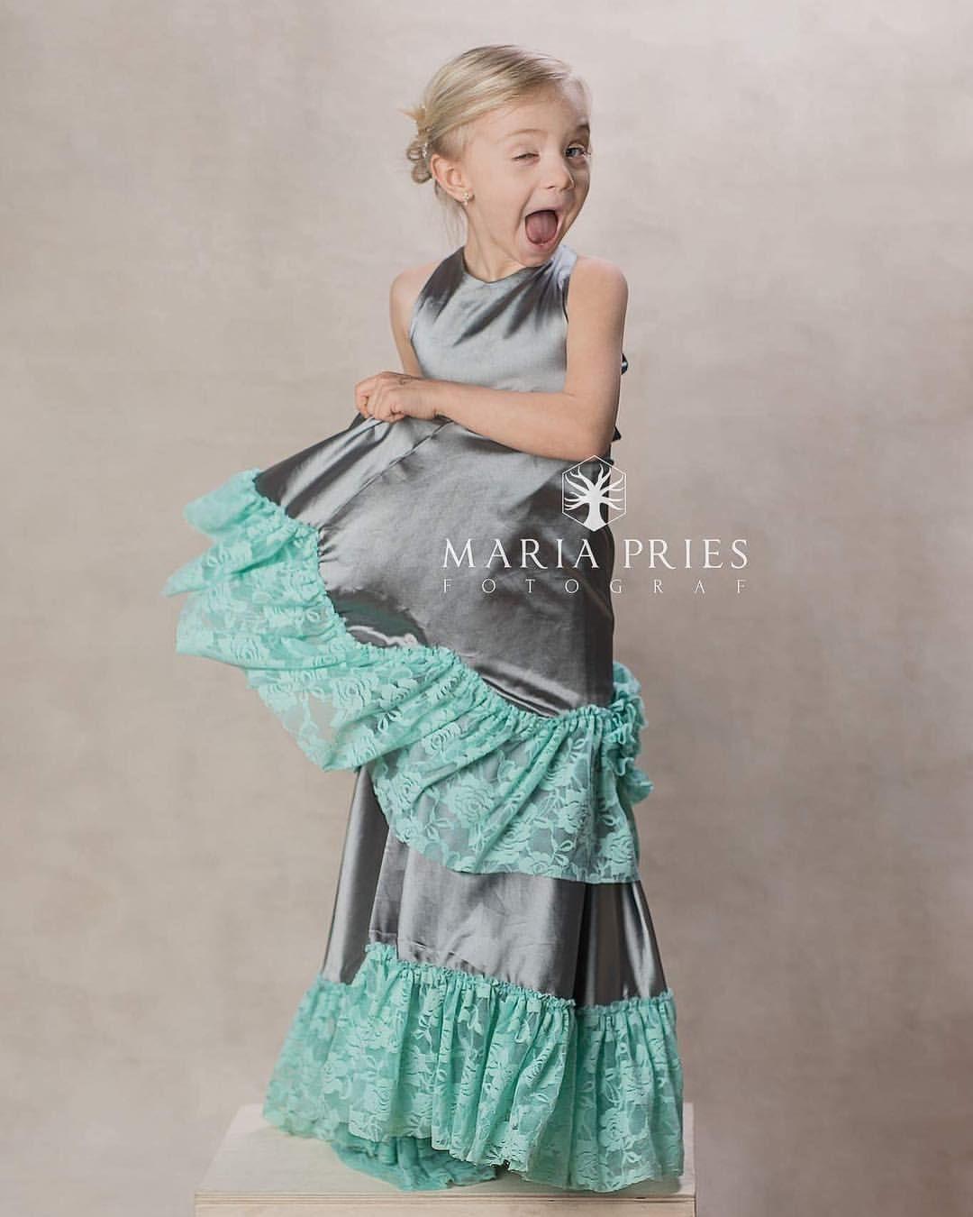 128b71f4a7c6  danishdesign  kidscouture  akrobathdk  akrobath  blomsterpigekjole   wherethemagicbegins  pigekjole  girlsdress…