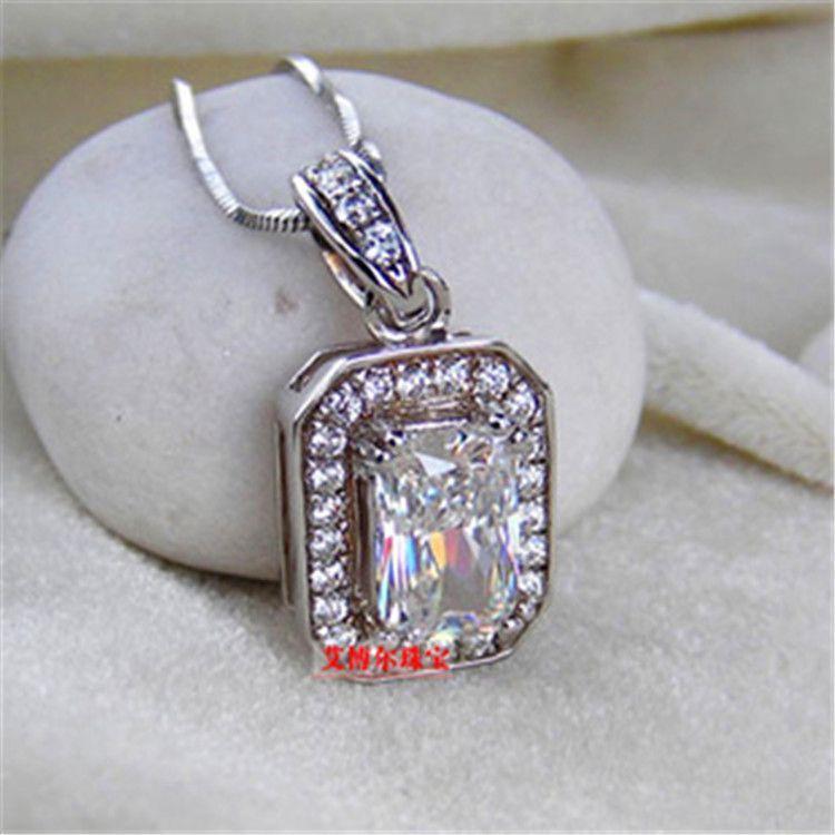 Wholesale 2 ct princess cut synthetic Diamond Pendant 925sterling