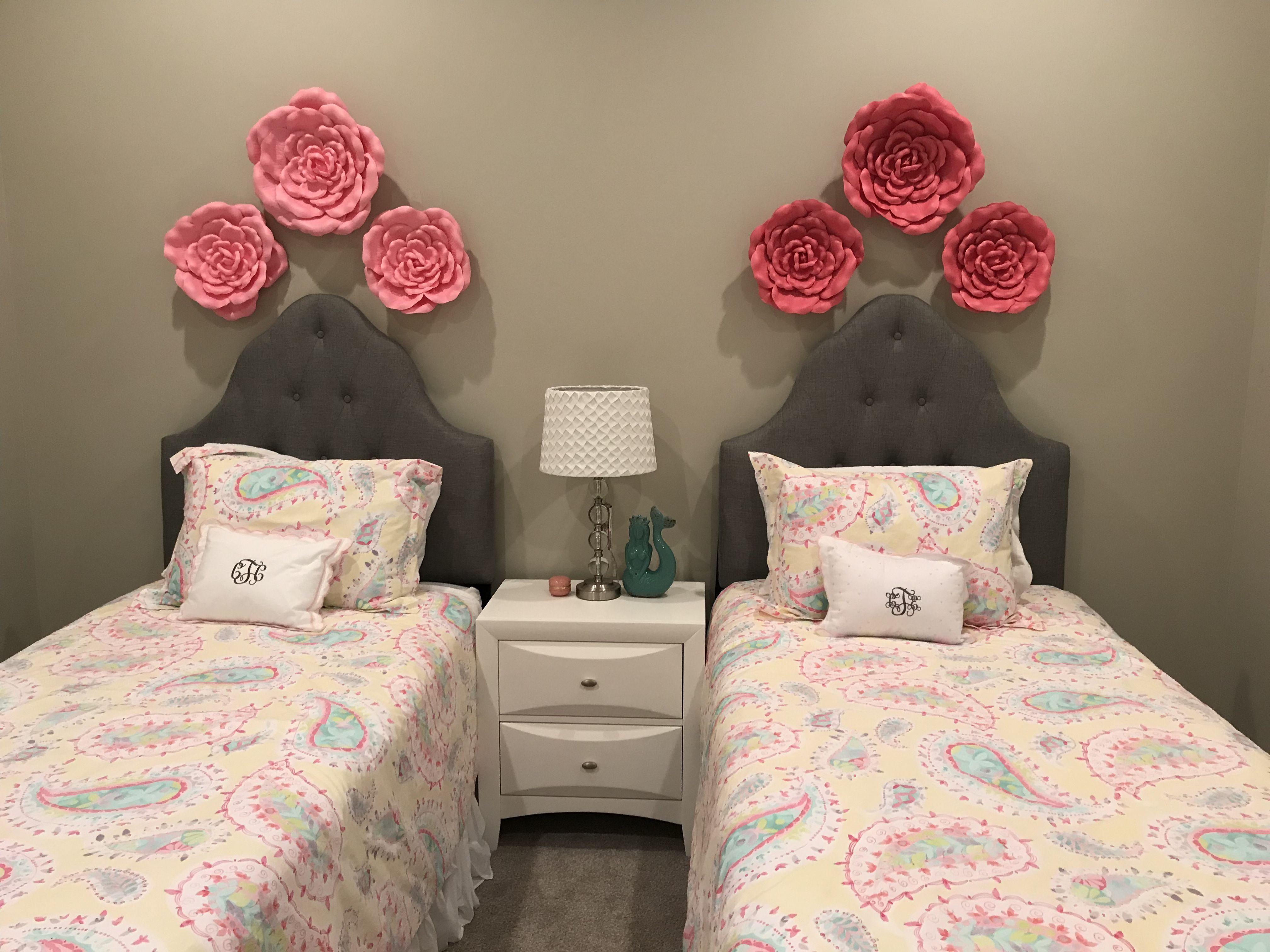 Pottery barn duvet, pink flowers, gray headboard, twin