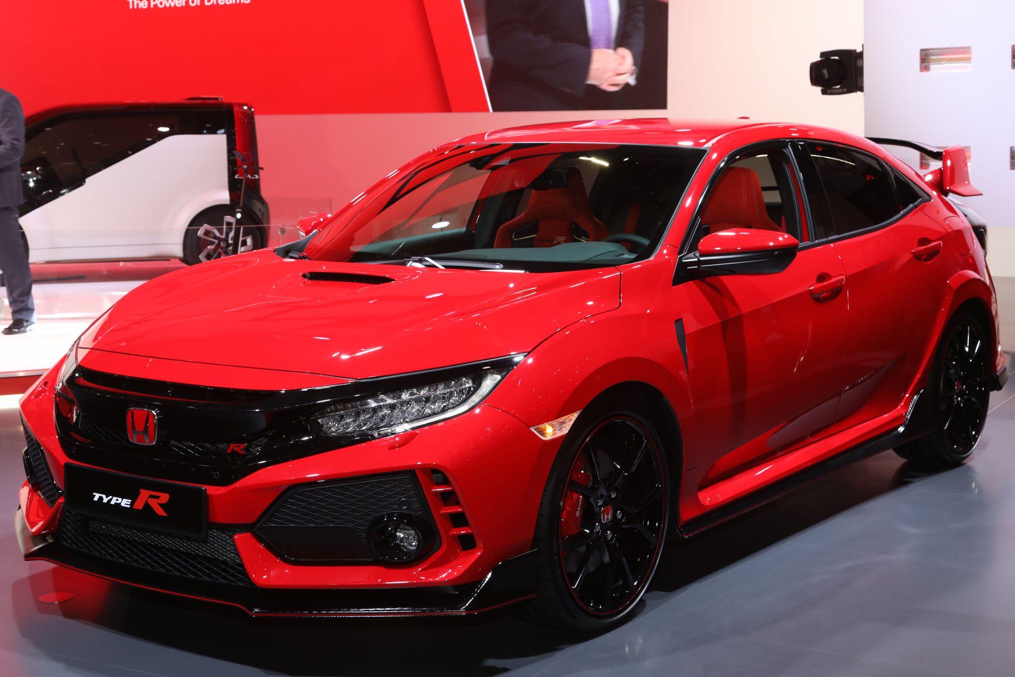 Hear the 2017 Honda Civic Type R Start its Engine (W/Video