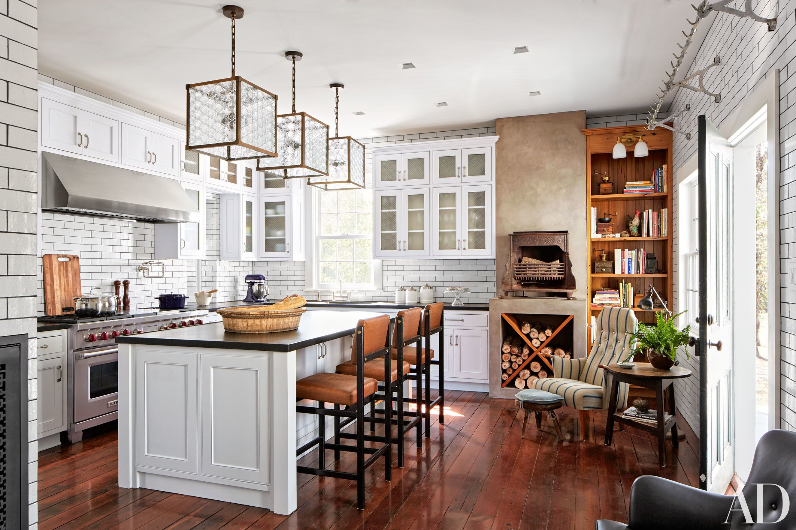 Get The Look Of Tate Taylor S Dream Kitchen By Shawn Henderson Get The Look Panelling And