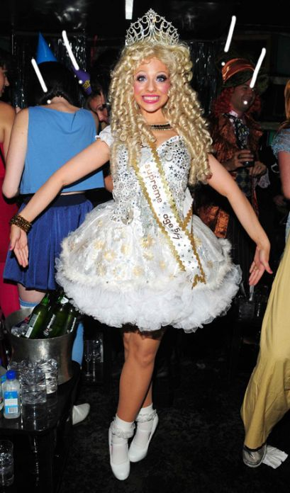toddlers and tiaras halloween costume ally onoye - Pageant Girl Halloween Costume