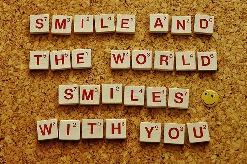 Smile And The World Smiles With You Life Picture Positive Quote Smile World Positivity Positive Thinking Positive Thoughts