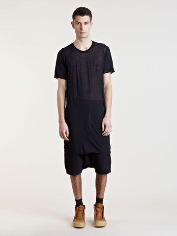 how to wear an oversized t shirt