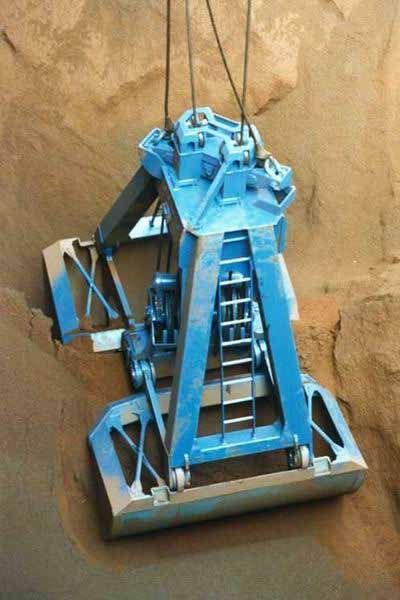 15 m 3 - 63 t (minerai de fer)