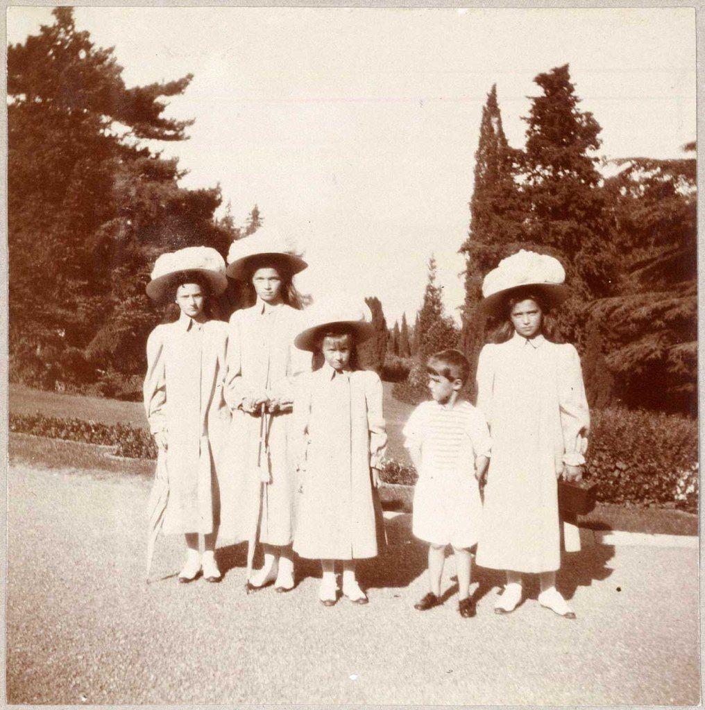корунд точно царская семья редкие фото считались марсовые часть