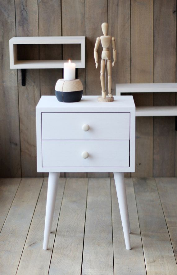 Weißer Nachttisch im skandinavischen Stil für dein Zuhause Zu
