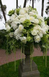 24 trendige Blumenarrangements Hochzeitszeremonie Schöne 24 trendige Blumen Arr …