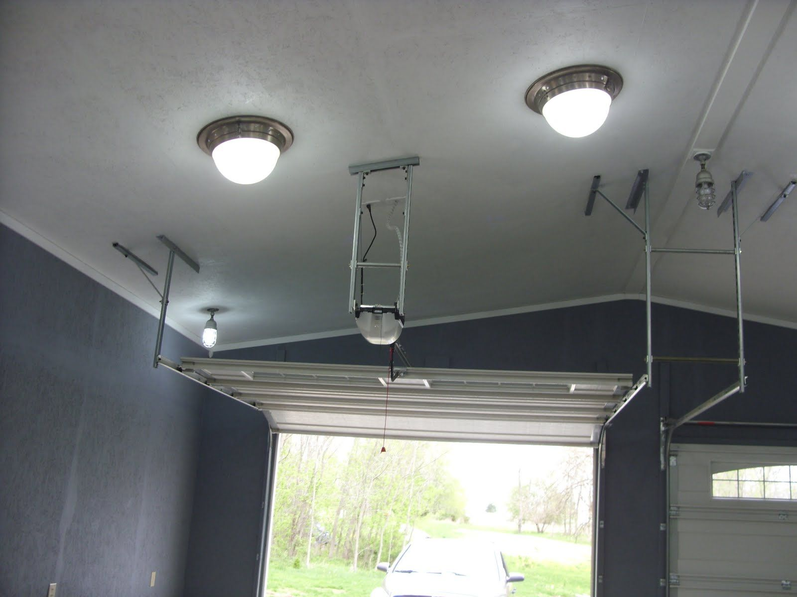 Vaulted ceiling garage doors installation | Vaulted ...